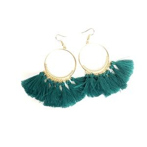 Jewelry - 💚✨NWT✨💚 green fringe hoop earrings